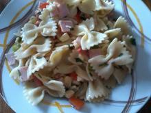 farfalle-salat mit Tomaten und oliven - Rezept - Bild Nr. 1092