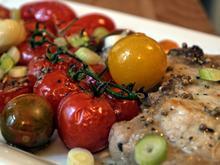 Koteletts auf geschmorten Tomaten - Rezept - Bild Nr. 1132