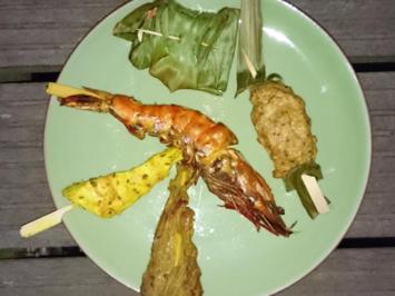 Rezept: Sala Rim Nam - Scharfer Rindfleischsalat, Fischcurry, Saté, Fischklöße
