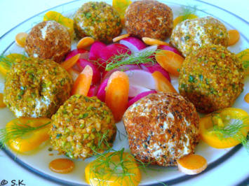 Rezept: Fingerfood - Herzhafte Käsekugeln