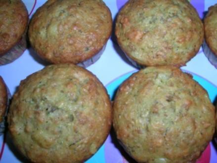 Zucchini-Ananas-Muffins - Rezept