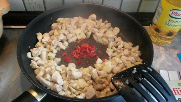 Gefüllte Spitz - Paprika mit Puten Curry - Rezept - Bild Nr. 1421
