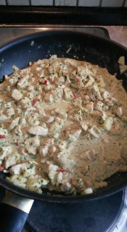 Gefüllte Spitz - Paprika mit Puten Curry - Rezept - Bild Nr. 1424