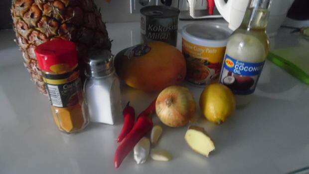 Garnelen in scharfer Kokos-Mango-Soße im Reisring - Rezept - Bild Nr. 1441