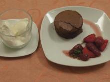 Brownies mit Erdbeerminzsalat (Marcel und Katja) - Rezept - Bild Nr. 1473