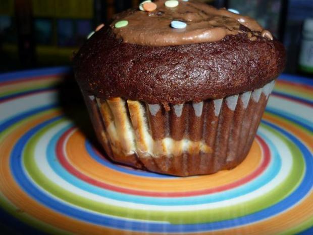 schoko muffins mit quark f llung rezept. Black Bedroom Furniture Sets. Home Design Ideas