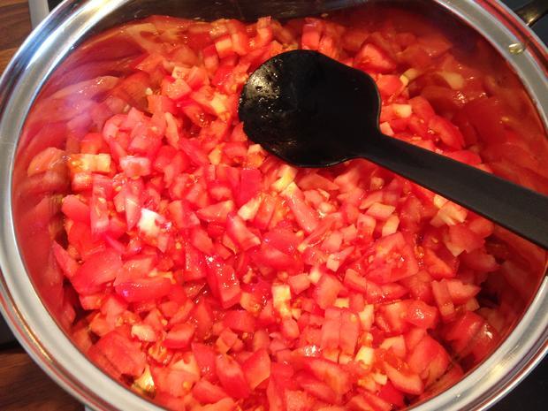 Leckere Pizzasoße - mit frischen Tomaten - Rezept - Bild Nr. 1592