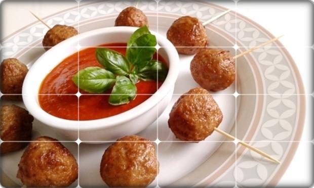 Mini Fleischbällchen am Spieß mit scharfer Tomatensauce - Rezept - Bild Nr. 2112
