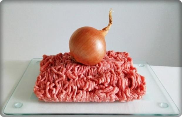 Mini Fleischbällchen am Spieß mit scharfer Tomatensauce - Rezept - Bild Nr. 2113