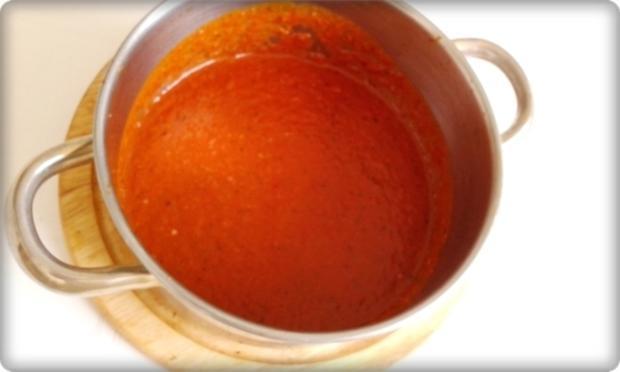 Mini Fleischbällchen am Spieß mit scharfer Tomatensauce - Rezept - Bild Nr. 2119