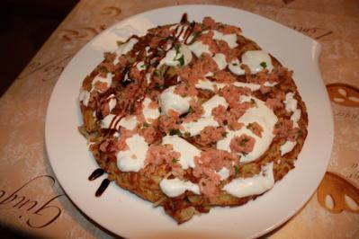 Rezept: Rösti mit Lachstartar und Gurkencreme