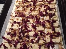 Flammkuchen mit Birne, Camembert, Radicchio und Walnüssen - Rezept - Bild Nr. 2137