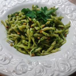 Karottengrün-Pesto - Rezept - Bild Nr. 2349