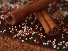 Gewürzkuchen mit saurer Sahne; Kuchen vom Blech - Rezept - Bild Nr. 2389