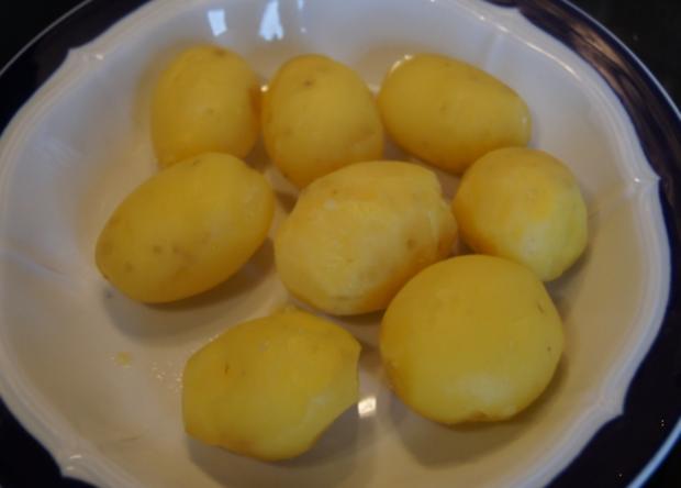 Roastbeef mit Rosmarin-Kartoffeln und pikanter Remoulade - Rezept - Bild Nr. 2474