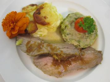 Im Ofen geschmortes Kalbsnüsschen an Rahm-Wirsinggemüse mit Kartoffelgratin - Rezept - Bild Nr. 2475