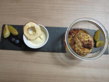 Rezept: Bratapfel im Glas und cremiges Vanille-Eis