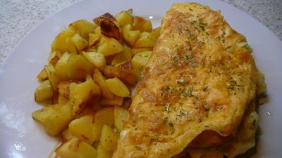 Omelett mit Rahmspitzkohl an Bratkartoffel - Rezept - Bild Nr. 2512