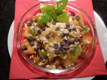 Rezept: Mango-Nudeln mit Kiwi-Kaki und Granatapfel