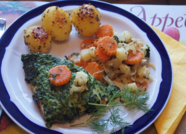 Wildlachsfilet mit Zwiebel-Möhren-Sellerie-Gemüse und Korianderkartoffeln - Rezept - Bild Nr. 2803
