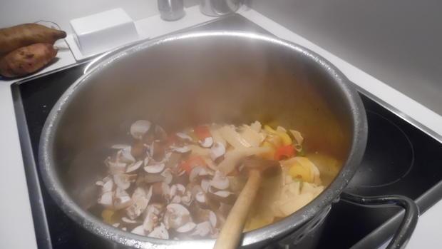 Hühner-Schenkel in Gemüse-Curry - Rezept - Bild Nr. 2798