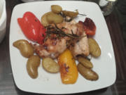 Conejo al ajillo - Knoblauch Kaninchen mit Ofenkartoffeln und Pimientos de Padron - Rezept - Bild Nr. 2834