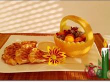 Waffeln mit Bourbon-Vanillesauce und  exotischem Obstkörbchen - Rezept - Bild Nr. 2976