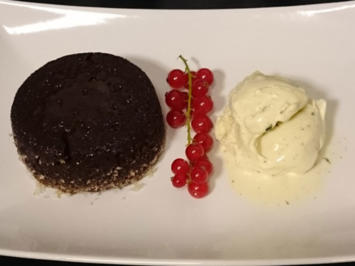 Lava Cake mit Vanilleeis - Rezept - Bild Nr. 2976