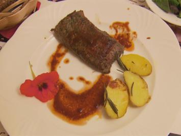 Lammlachse an Rosmarin-Kartoffeln und Salat (Andrea) - Rezept - Bild Nr. 3129