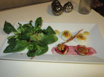 Feldsalat in Cranberrievinigraitte mit gratiniertem Ziegenkäse, Walnuss & Feige - Rezept - Bild Nr. 3181