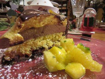 Currymousse-Torte mit karamellisierter Ananas an Fruchtsalat - Rezept - Bild Nr. 3199