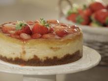 Käsekuchen mit Erdbeeren und weißer Schokolade - Rezept - Bild Nr. 3199