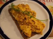 Curry-Rührei mit Nordseekrabben - Rezept - Bild Nr. 3231