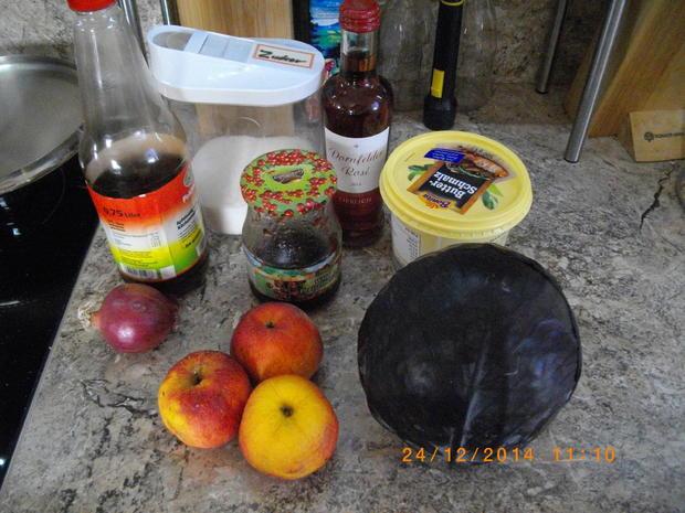 Knusprige Ente mit Rotweinsoße und Apfelblaukraut - Rezept - Bild Nr. 3277