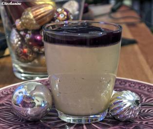 Mokkacreme mit Johannisbeersauce - Rezept - Bild Nr. 3359