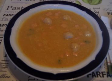 Sellerie-Kartoffel-Cremesuppe mit Einlage - Rezept - Bild Nr. 3416