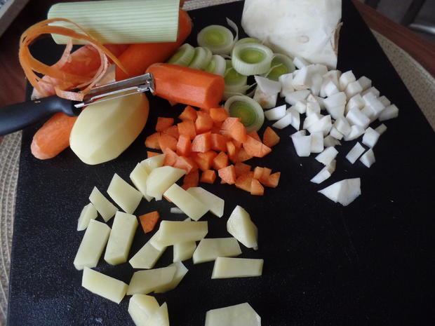 Gemüsecreme-Suppe mit Wiener - Rezept - Bild Nr. 3433