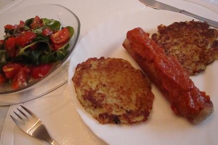 Curry-Sauce pikant, mit Wurst und Kartoffelpuffer - Rezept - Bild Nr. 3700
