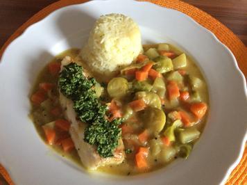 Rezept: Kabeljau mit Petersilien-Pesto und Rosenkohl-Curry