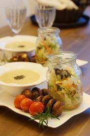 Rosenkohl Dampf auf Suppe? Dazu Salat und Gegrilltes Gemüse - Rezept - Bild Nr. 3706