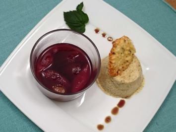 Rezept: Kürbiskernparfait mit heißen Rotweinzwetschgen