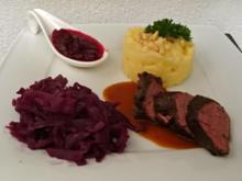 Rehrückenfilet mit Cranberries mit Rotkraut und Kartoffel-Sellerie-Sta - Rezept - Bild Nr. 3746