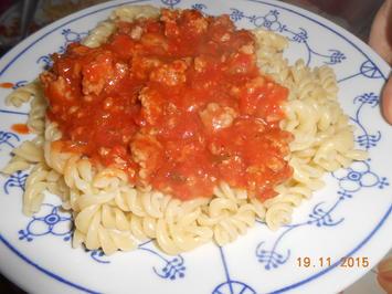 Hackfleisch mit Tomatensoße - Rezept - Bild Nr. 3831