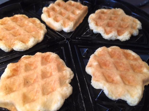 rezept kekse waffeln hausrezepte von beliebten kuchen. Black Bedroom Furniture Sets. Home Design Ideas