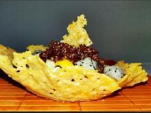 Früchtesalat mit roter Quinoa in Parmigiano Körbchen - Rezept - Bild Nr. 4021