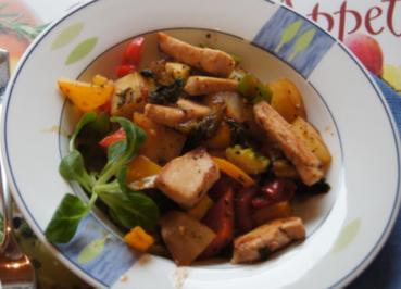 Hähnchenbrustfilet auf Gemüsebett - Rezept - Bild Nr. 4083