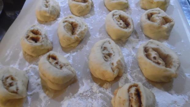 Zimtschnecken amerikanisch (Cinnamon Swirls) - Rezept - Bild Nr. 4128