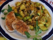 Puten-Ministeaks mit Zucchini-Champignon-Gemüse - Rezept - Bild Nr. 4267