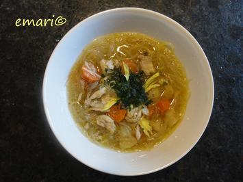 Rezept: Hühner Suppe mit Asiatouch