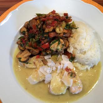 Zweierlei Fisch mit Mango-Kokos-Soße und Champignon-Paprika-Mix - Rezept - Bild Nr. 4346